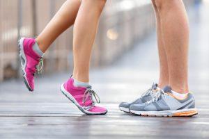 Удобни тичащи маратонки