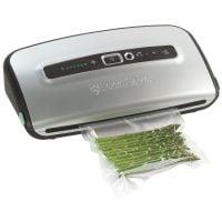 Уред за вакуумиране на храна FoodSaver FFS004X-01 Compact