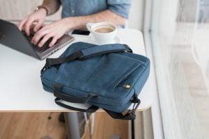 най-добрата чанта за лаптоп