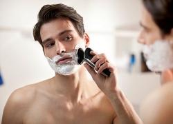 Как да изберете най-добрата електрическа самобръсначка